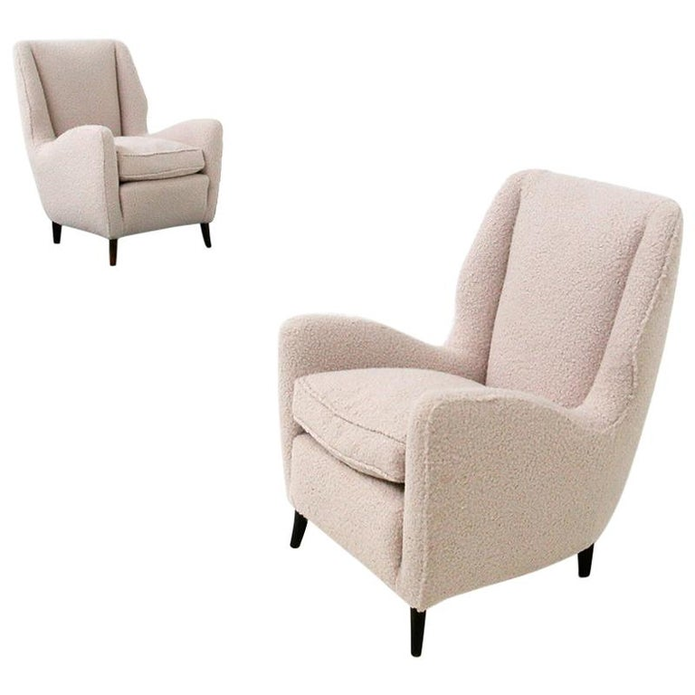 Pair of Midcentury Armchairs by Isa Bergamo in White Bouclè Fabric, 1950s For Sale