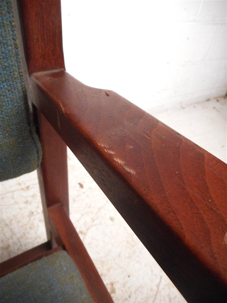 Pair of Midcentury Armchairs For Sale 8