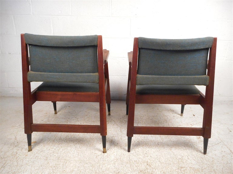 20th Century Pair of Midcentury Armchairs For Sale