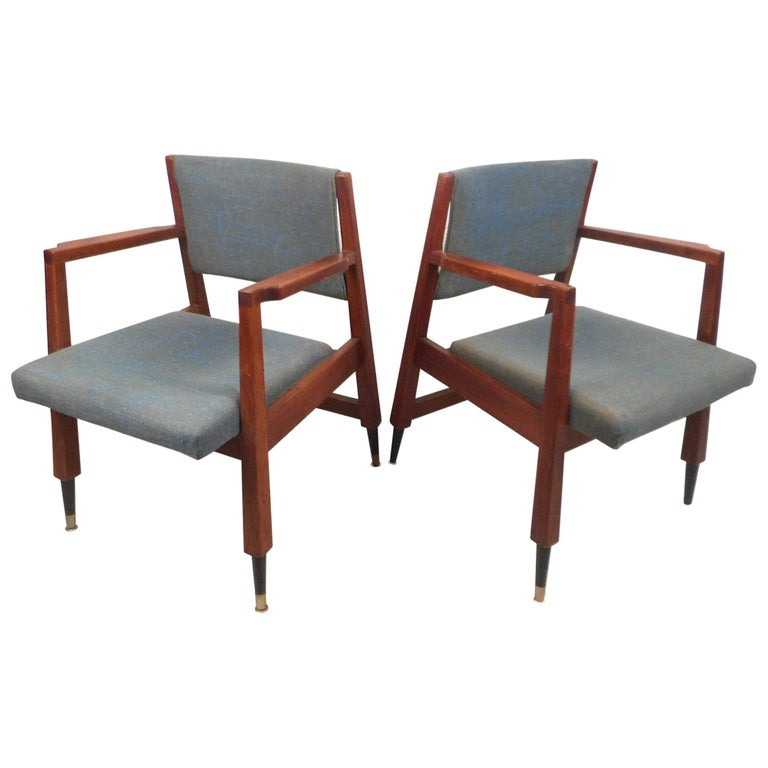 Pair of Midcentury Armchairs For Sale