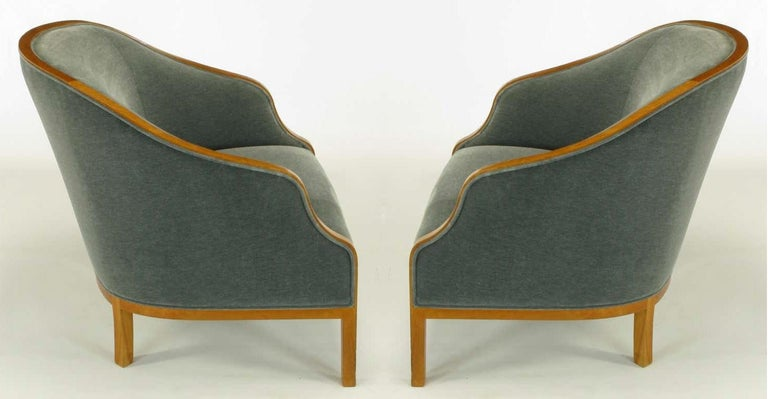 American Pair of Midcentury Bankers Lounge Chairs by Ward Bennett For Sale