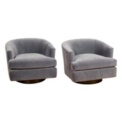 Pair of Mid-Century Barrel Back Swivel Chairs in the Manner of Milo Baughman