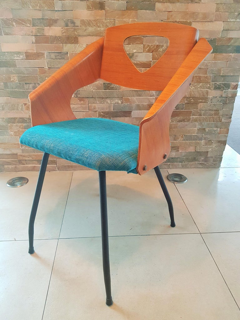 Fabric Pair of Midcentury Bentwood Chairs Carlo Ratti for Legni Curvi, Italy, 1950s For Sale