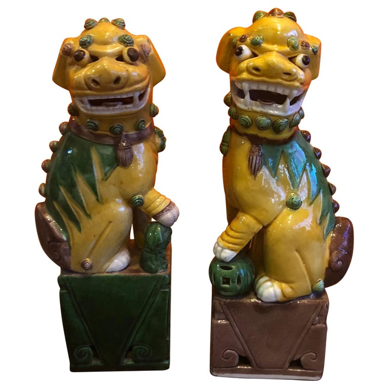 Pair of Midcentury Ceramic Foo Dogs or Bookends For Sale