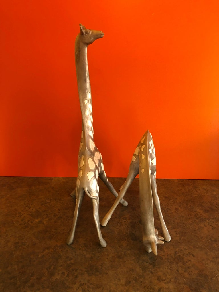 Pair of Midcentury Ceramic Giraffes by McFarlin Freeman Pottery In Good Condition For Sale In San Diego, CA