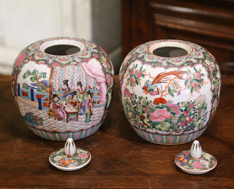 Pair of Mid-Century Chinese Famille Rose Porcelain Melon Jars For Sale 5