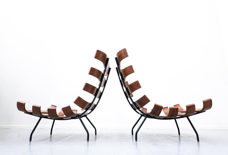 Pair of Mid-Century Costela Lounge Chairs by Carlo Hauner and Martin Eisler For Sale 6