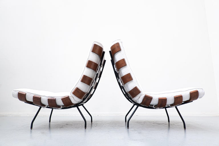 Mid-Century Modern Pair of Mid-Century Costela Lounge Chairs by Carlo Hauner and Martin Eisler For Sale