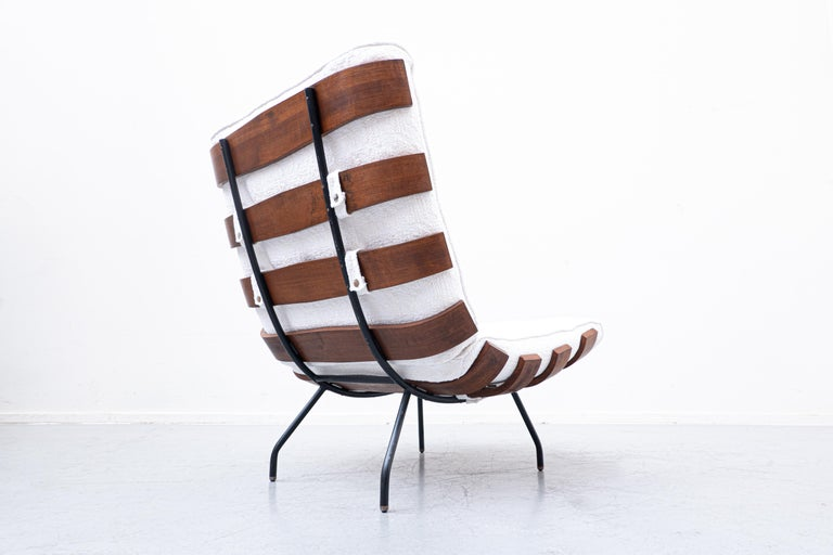 Mid-20th Century Pair of Mid-Century Costela Lounge Chairs by Carlo Hauner and Martin Eisler For Sale