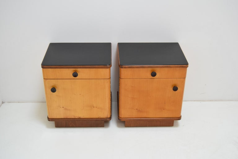 Pair of Midcentury Czechoslovakian Bedside Tables, 1960s In Good Condition For Sale In Praha, CZ