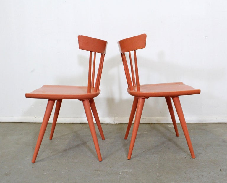 Mid-Century Modern Pair of Midcentury Danish Modern Paul McCobb Spindle Back Side Dining Chairs For Sale