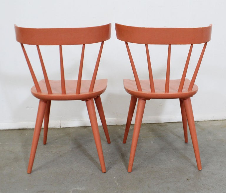 American Pair of Midcentury Danish Modern Paul McCobb Spindle Back Side Dining Chairs For Sale