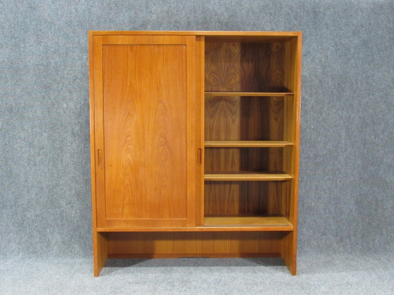 Mid-20th Century Pair of Midcentury, Danish Modern Teak Cabinets by Poul Hundevad for HU For Sale