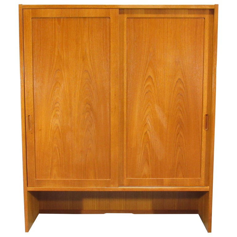 Pair of Midcentury, Danish Modern Teak Cabinets by Poul Hundevad for HU For Sale