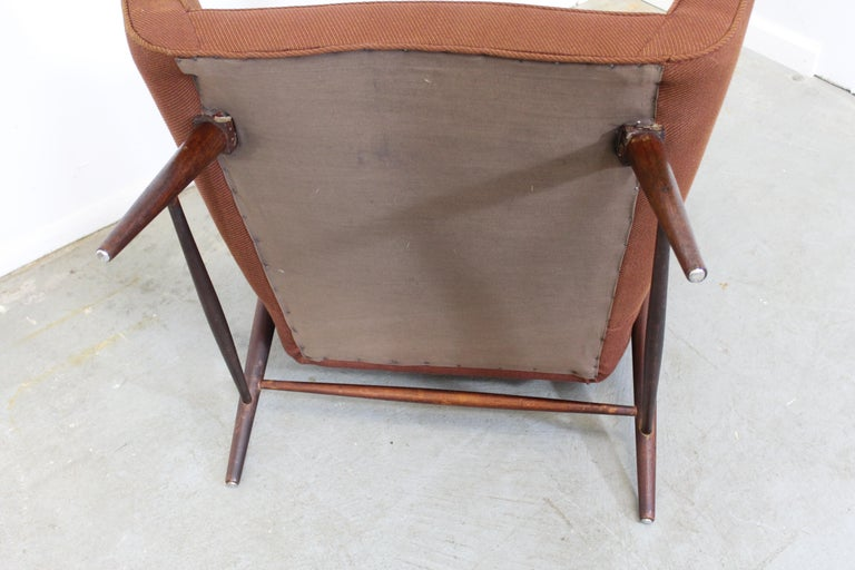 Pair of Mid Century Danish Modern Wingback Lounge Chairs For Sale 5