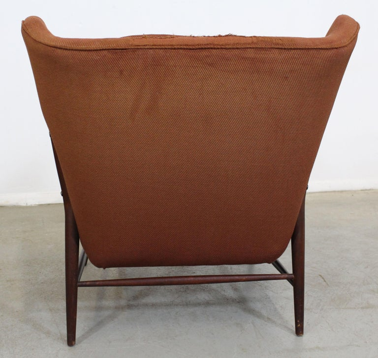 20th Century Pair of Mid Century Danish Modern Wingback Lounge Chairs For Sale