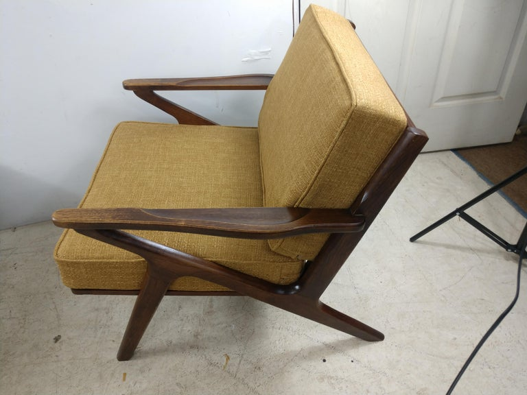 Fabric Pair of Mid Century Danish Modern Z Lounge Chairs, c 1960+ For Sale