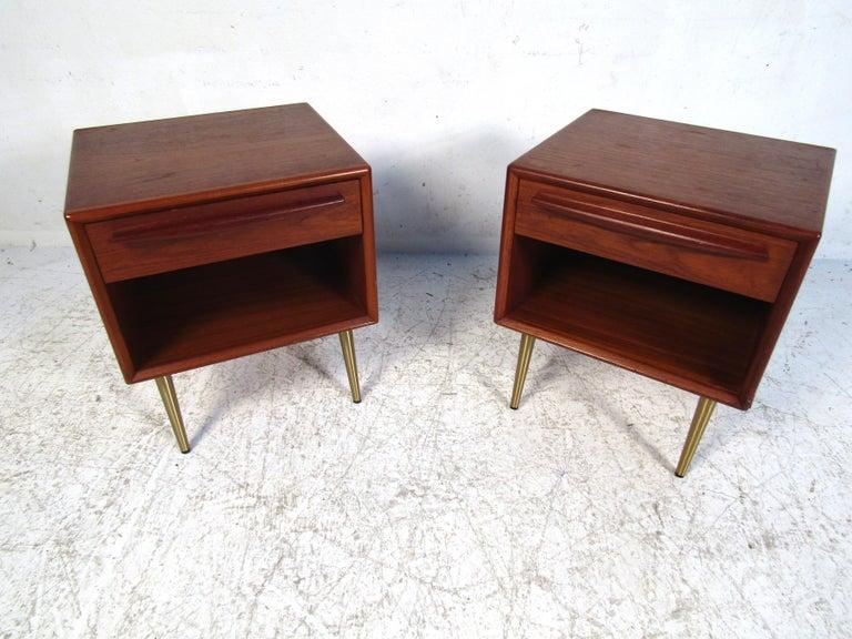 Pair of Midcentury Danish Teak Nightstands For Sale 5
