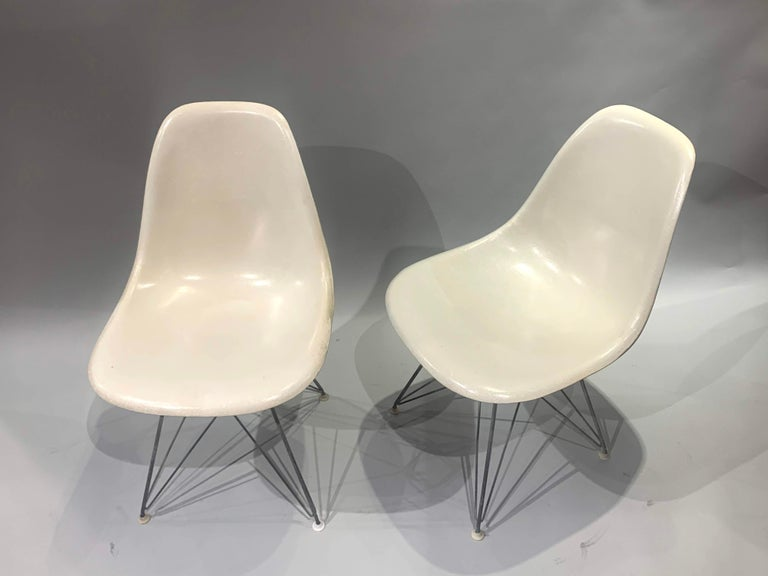 Mid-Century Modern Pair of Midcentury Eames Fiberglass Eiffel Tower Shell Chairs for Herman Miller For Sale