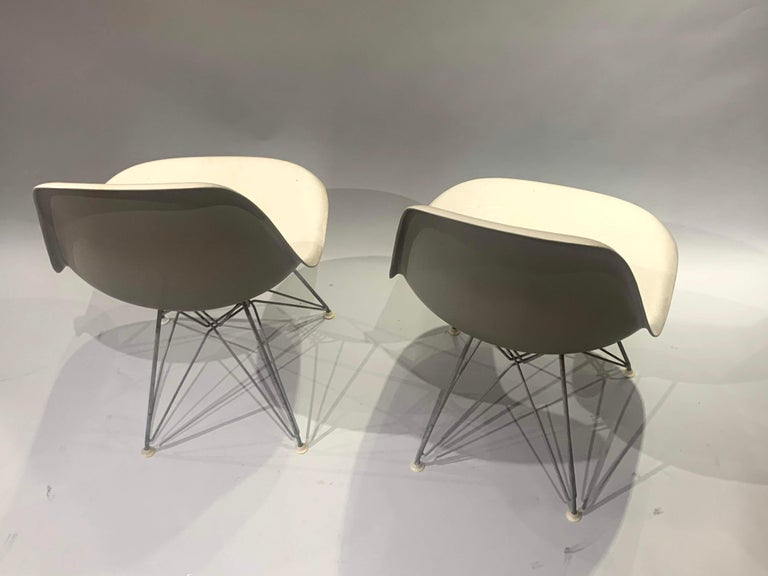 Molded Pair of Midcentury Eames Fiberglass Eiffel Tower Shell Chairs for Herman Miller For Sale
