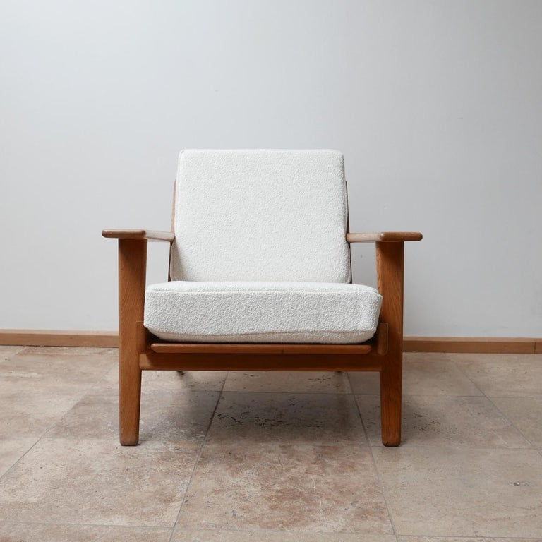 Pair of Midcentury Hans Wegener GE-290 Armchairs For Sale 5