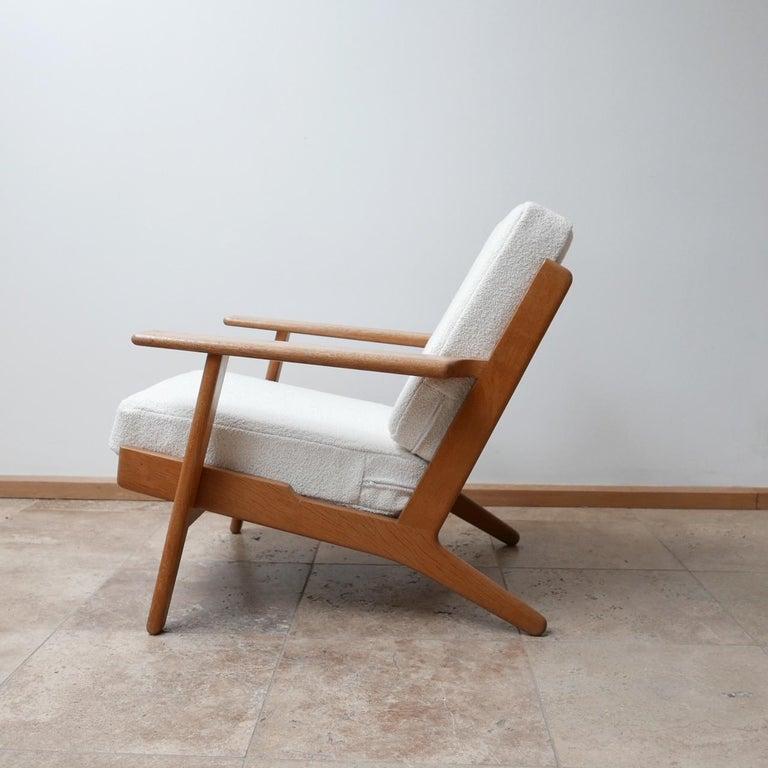 Pair of Midcentury Hans Wegener GE-290 Armchairs For Sale 3