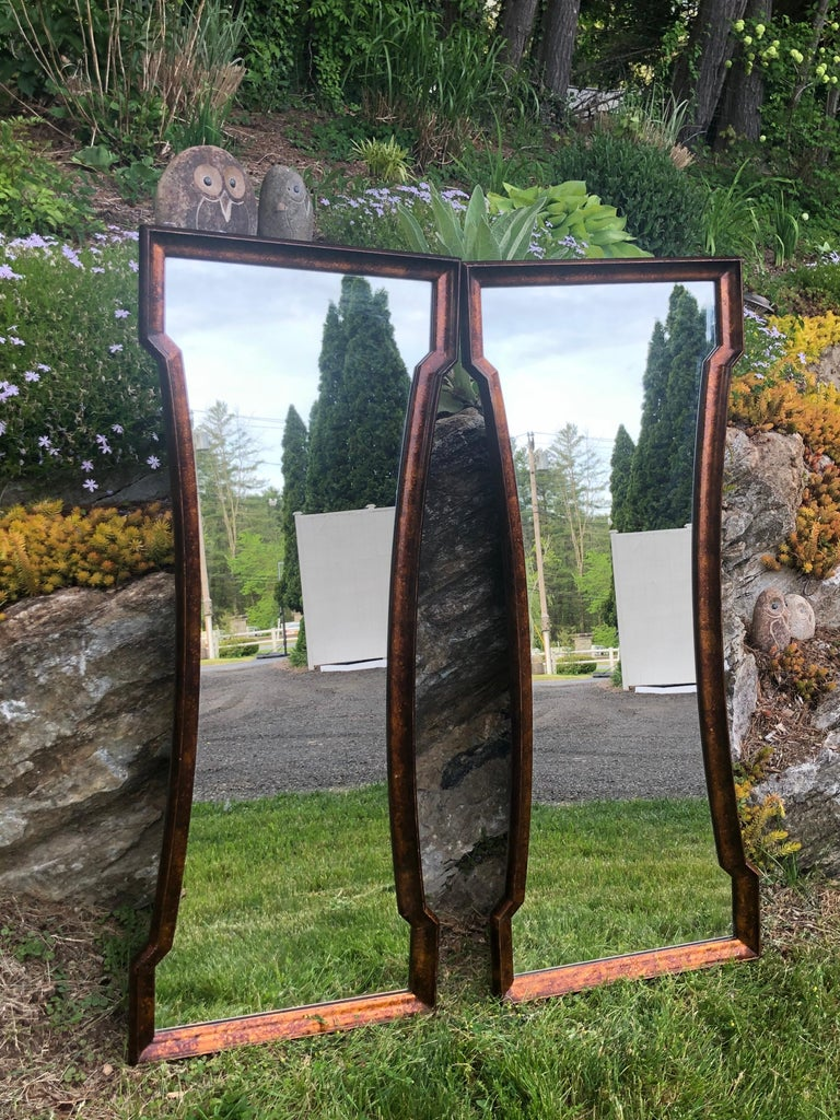Pair of Mid Century Hour Glass Mirrors attributed to Weiman For Sale 4