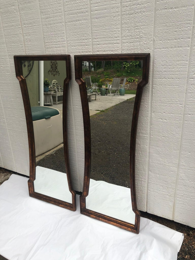 Pair of Mid Century Hour Glass Mirrors attributed to Weiman In Good Condition For Sale In Redding, CT