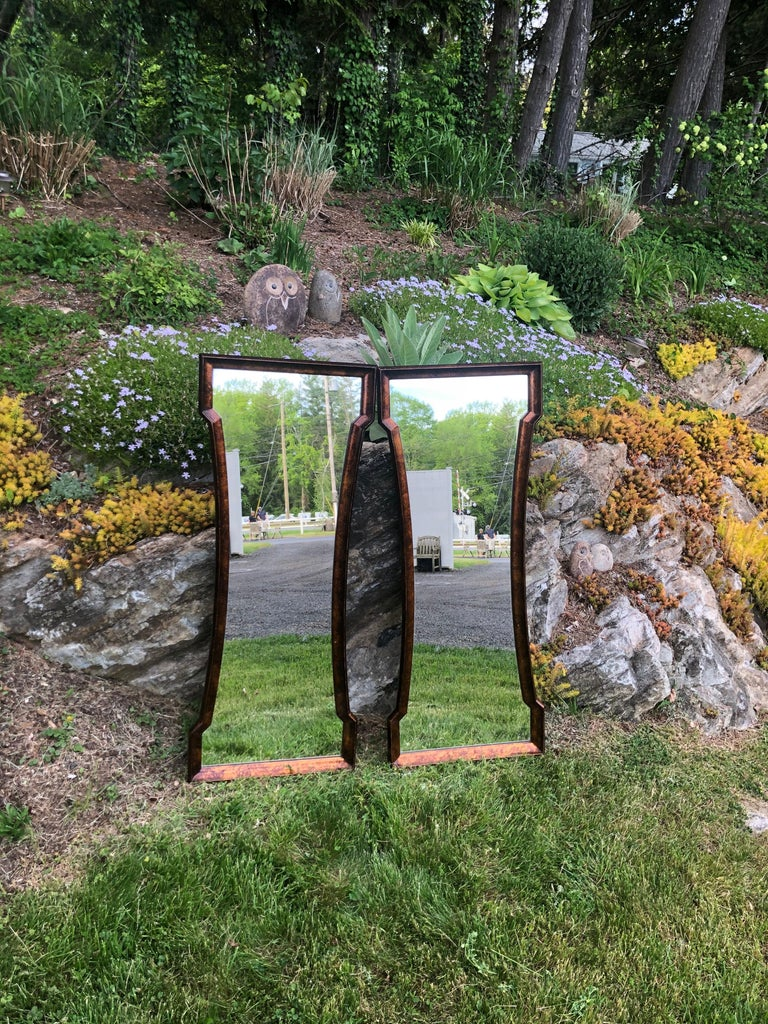Pair of Mid Century Hour Glass Mirrors attributed to Weiman For Sale 1