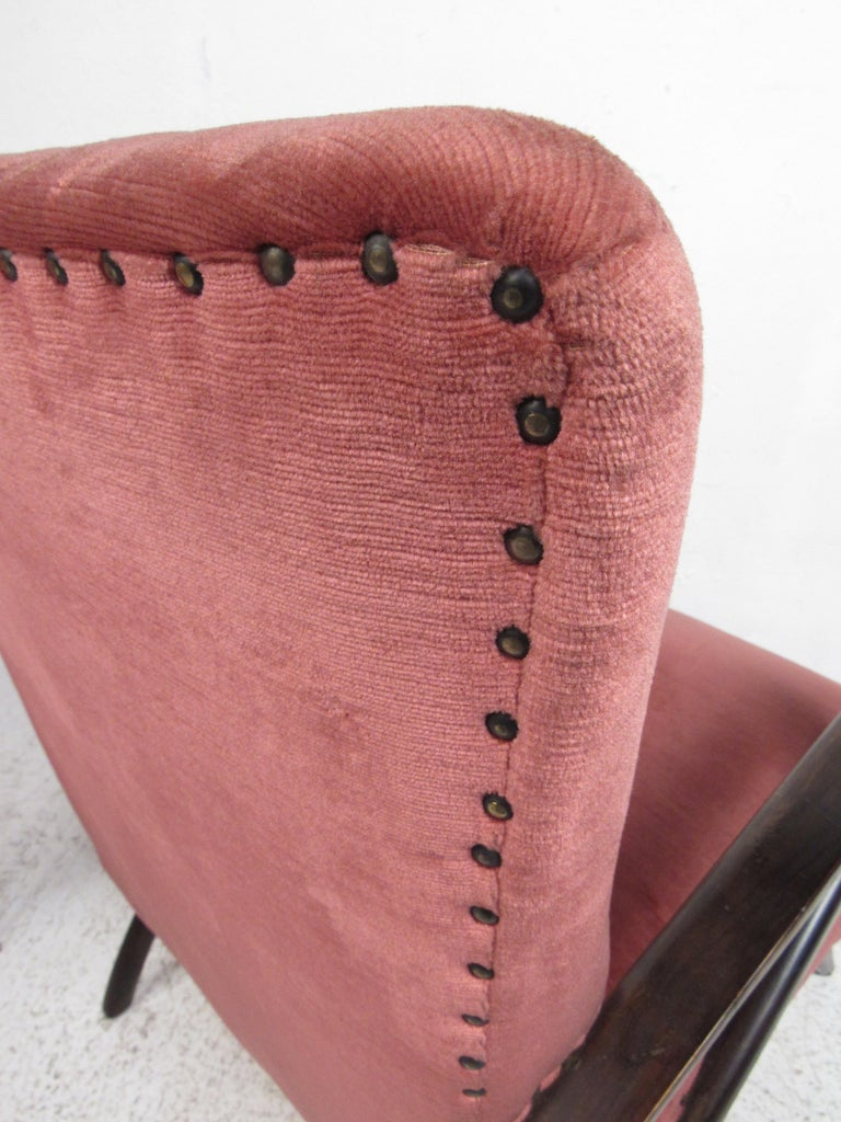 Pair of Midcentury Italian Armchairs by Paolo Buffa For Sale 4