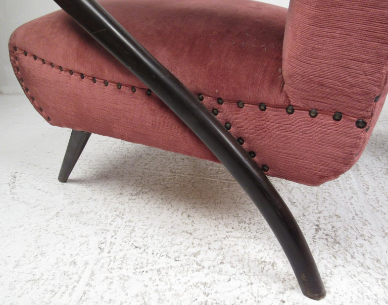 Mid-20th Century Pair of Midcentury Italian Armchairs by Paolo Buffa For Sale