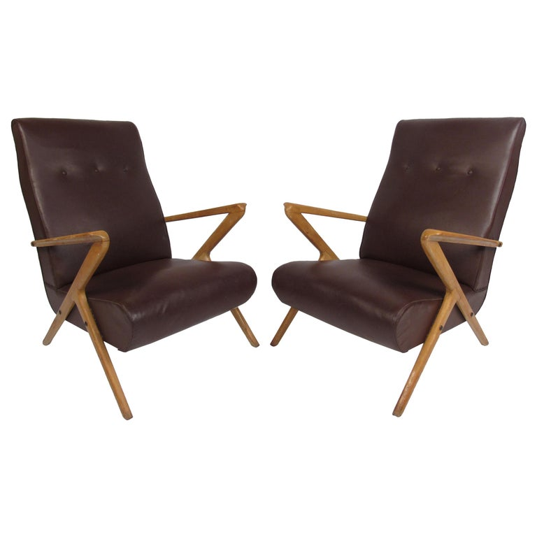 Pair of Midcentury Italian Lounge Chairs For Sale