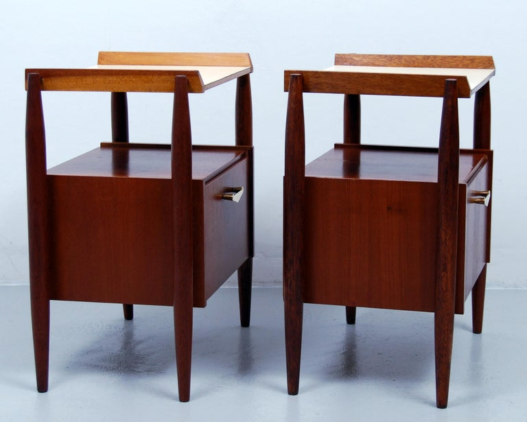 Mid-Century Modern Pair of Midcentury Italian Nightstands by Dal Vera, 1960s For Sale