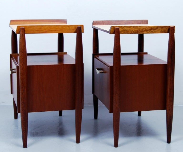 Pair of Midcentury Italian Nightstands by Dal Vera, 1960s In Good Condition For Sale In Stockholm, SE