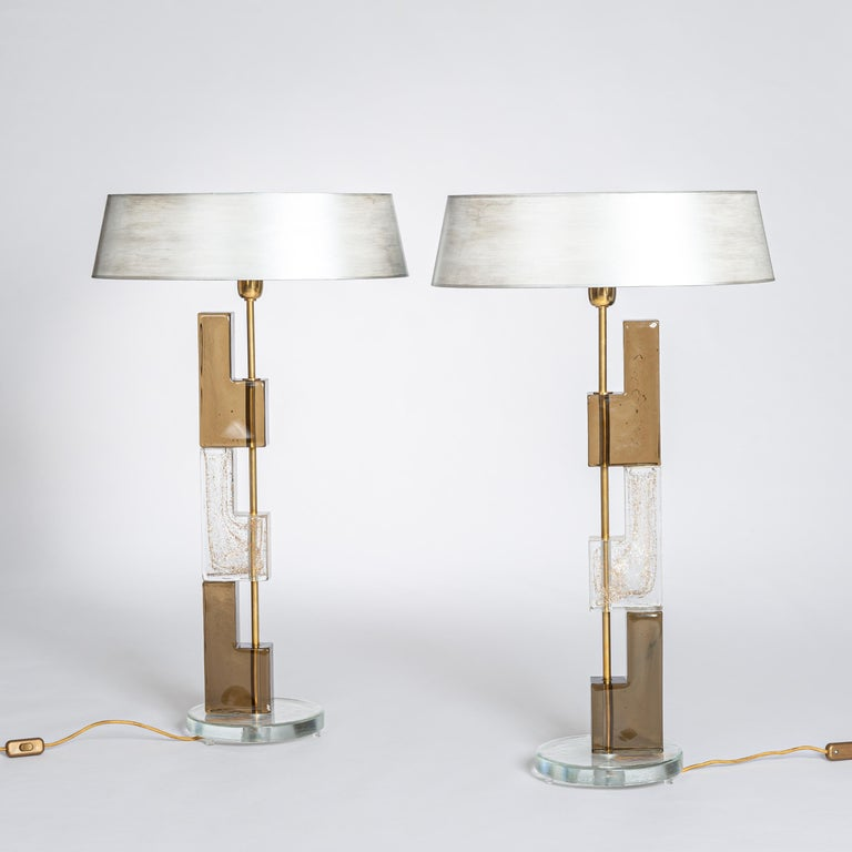 European Pair of Midcentury Italian Squared Murano Glass Table Lamps in Brown-Clear For Sale