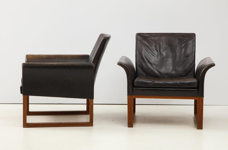 Mid-Century Modern Pair of Rare Mid-Century Leather Club Chairs, Sweden, circa 1950s For Sale
