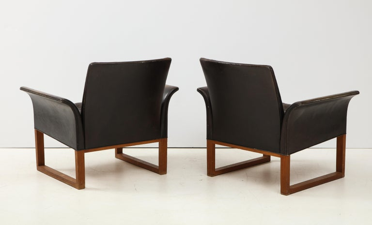 Mid-20th Century Pair of Rare Mid-Century Leather Club Chairs, Sweden, circa 1950s For Sale