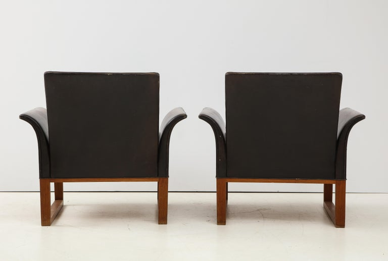 Pair of Rare Mid-Century Leather Club Chairs, Sweden, circa 1950s For Sale 1