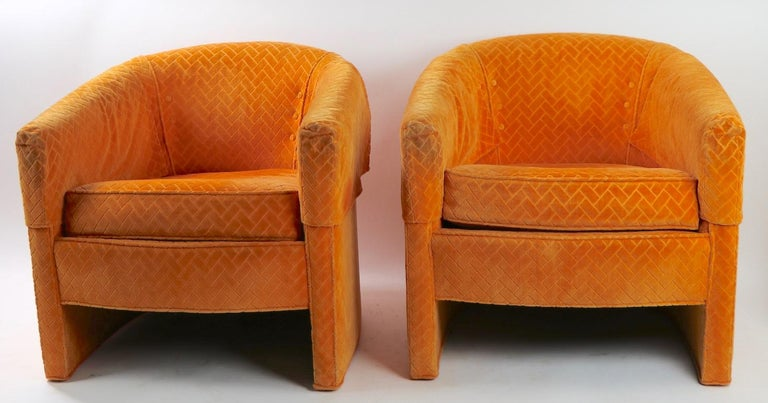 Pair of Mid Century Lounge Chairs by Century Furniture For Sale 3