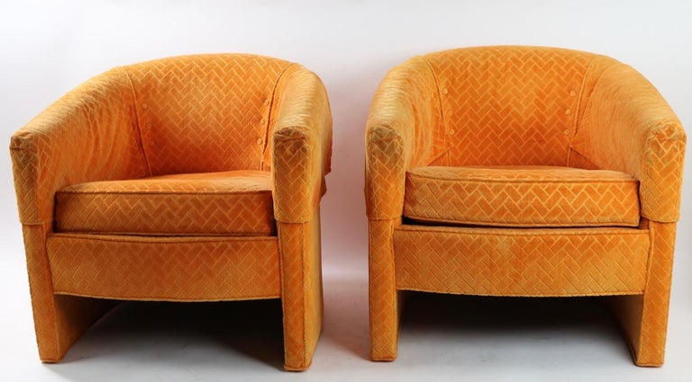 Pair of Mid Century Lounge Chairs by Century Furniture For Sale 4