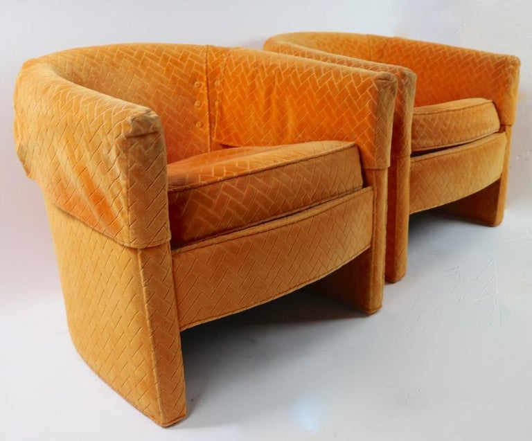 Pair of Mid Century Lounge Chairs by Century Furniture For Sale 2