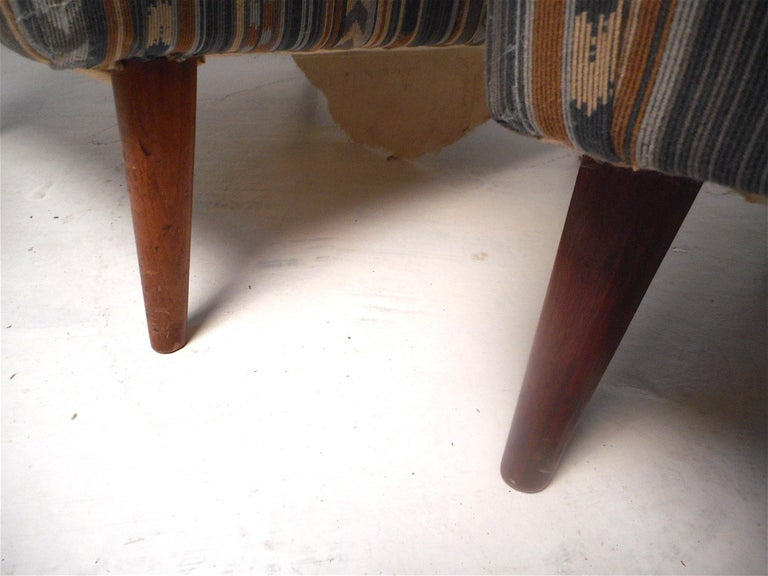 Pair of Midcentury Lounge Chairs For Sale 5