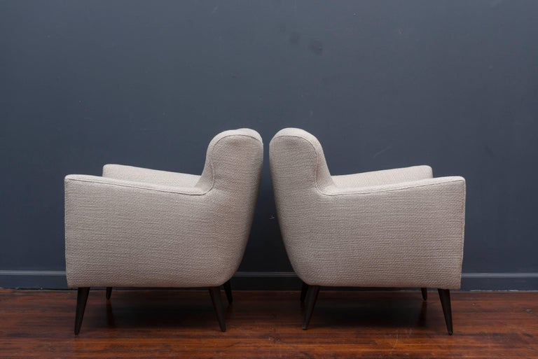 Pair of Mid Century Lounge Chairs In Excellent Condition For Sale In San Francisco, CA