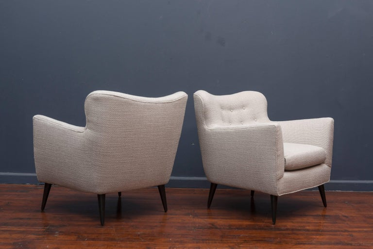 Mid-20th Century Pair of Mid Century Lounge Chairs For Sale