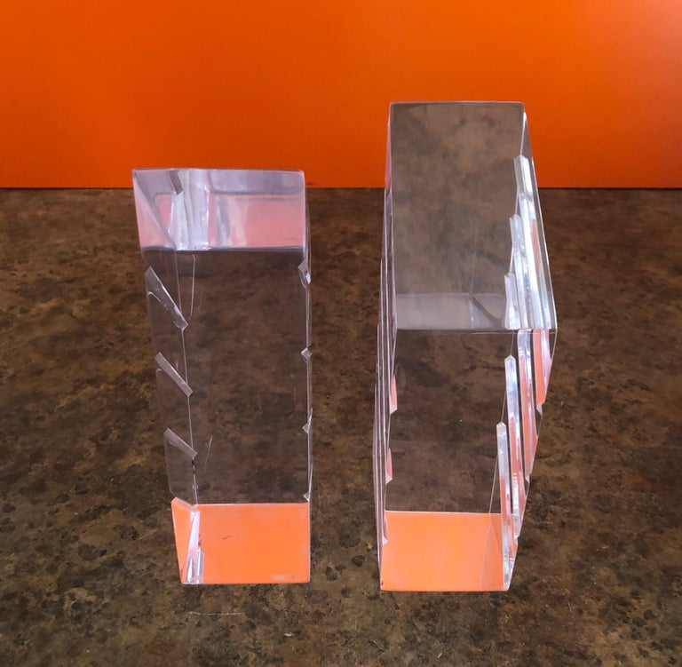 American Pair of Midcentury Lucite Bookends by Herb Ritts for Astrolite For Sale