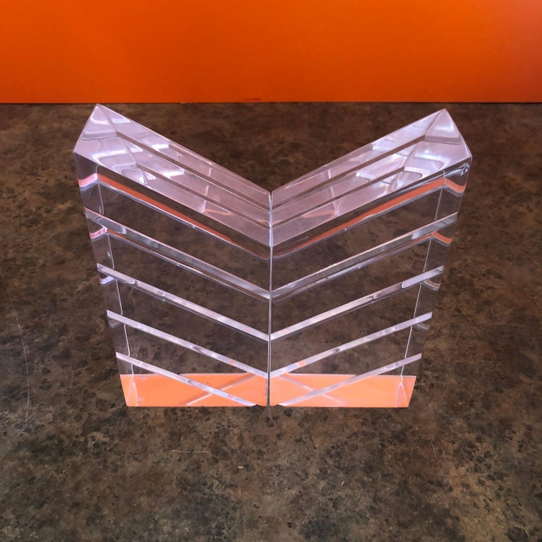 Pair of Midcentury Lucite Bookends by Herb Ritts for Astrolite In Good Condition For Sale In San Diego, CA