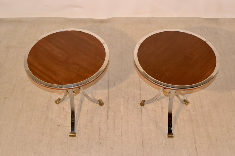 Brass Pair of Midcentury Mahogany and Chrome Side Tables For Sale