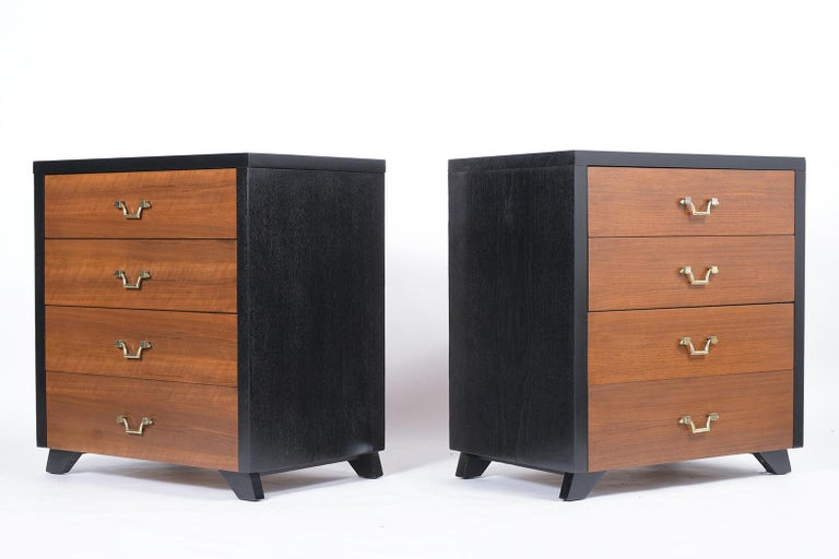 Pair of Mid-Century Mahogany Chest of Drawers In Good Condition For Sale In Los Angeles, CA
