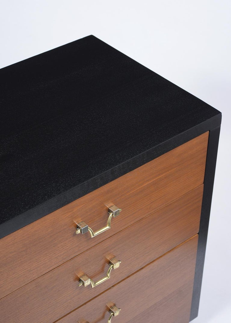 Pair of Mid-Century Mahogany Chest of Drawers For Sale 1