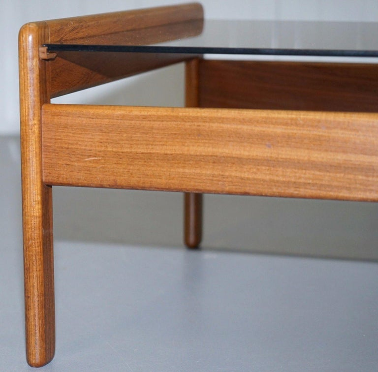 Pair of Mid-Century Modern 1960s Danish Teak Side Tables with Glass Tops Lovely For Sale 1